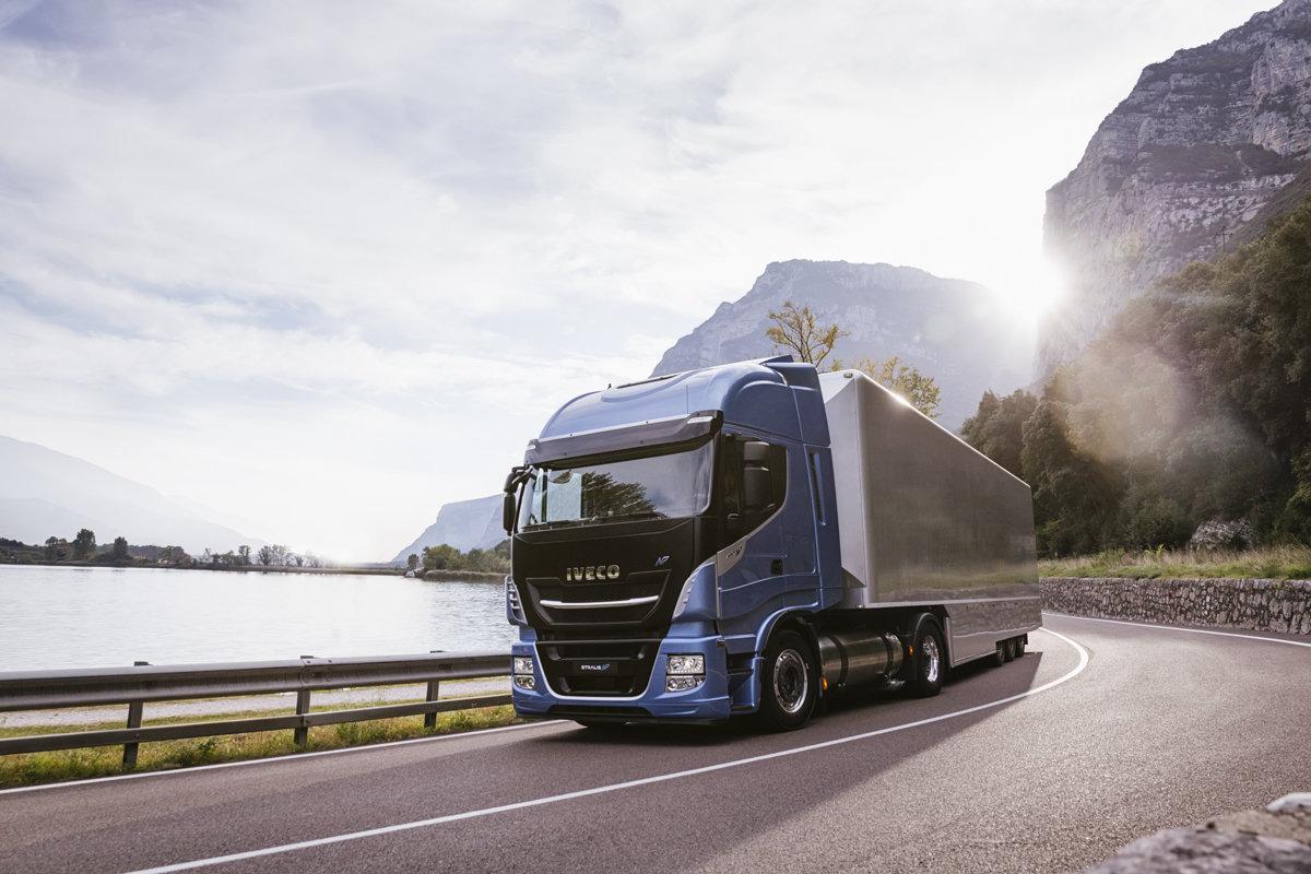 LNG-Lastwagen von Iveco.