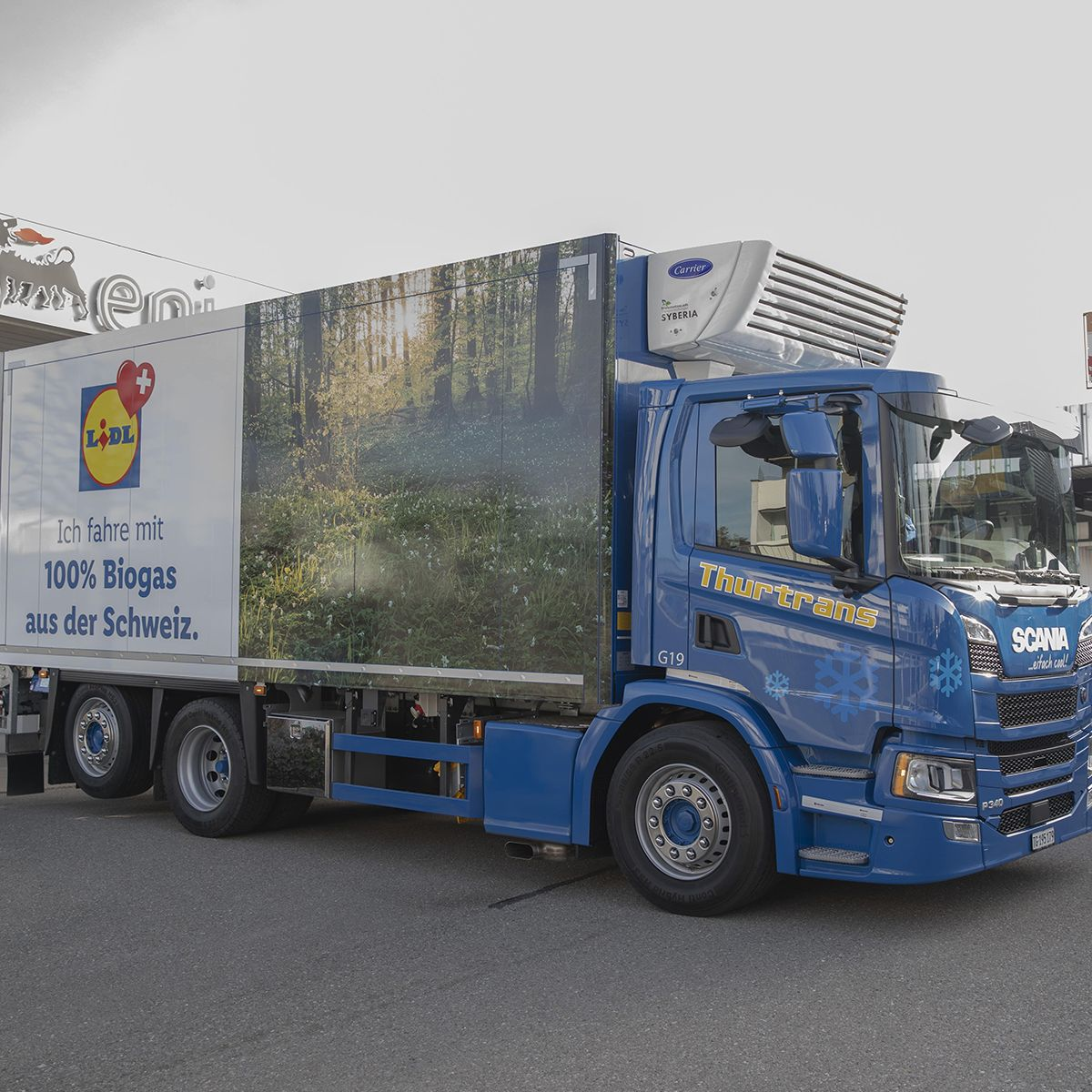 Premier plein pour un poids-lourd à biogaz de Lidl Suisse.